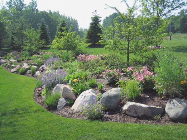Tips For Moving Large Rocks For Landscaping Rs Removalists